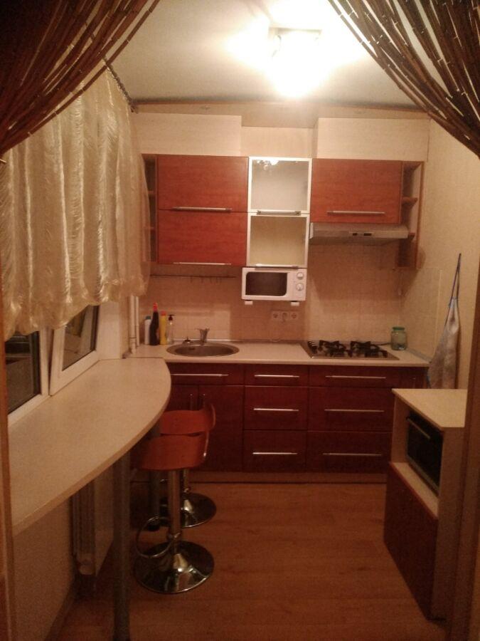 Продам 2хкомнатную Квартиру на пр.Науки возле метро. Павлово Поле.