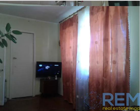 Продам 2-комнатную квартиру ул. Ген. Петрова