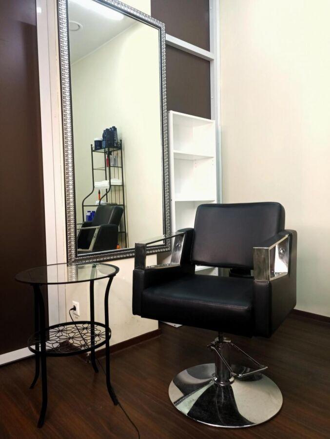 Продам парикмахерское кресло в хорошем состоянии. 8шт
