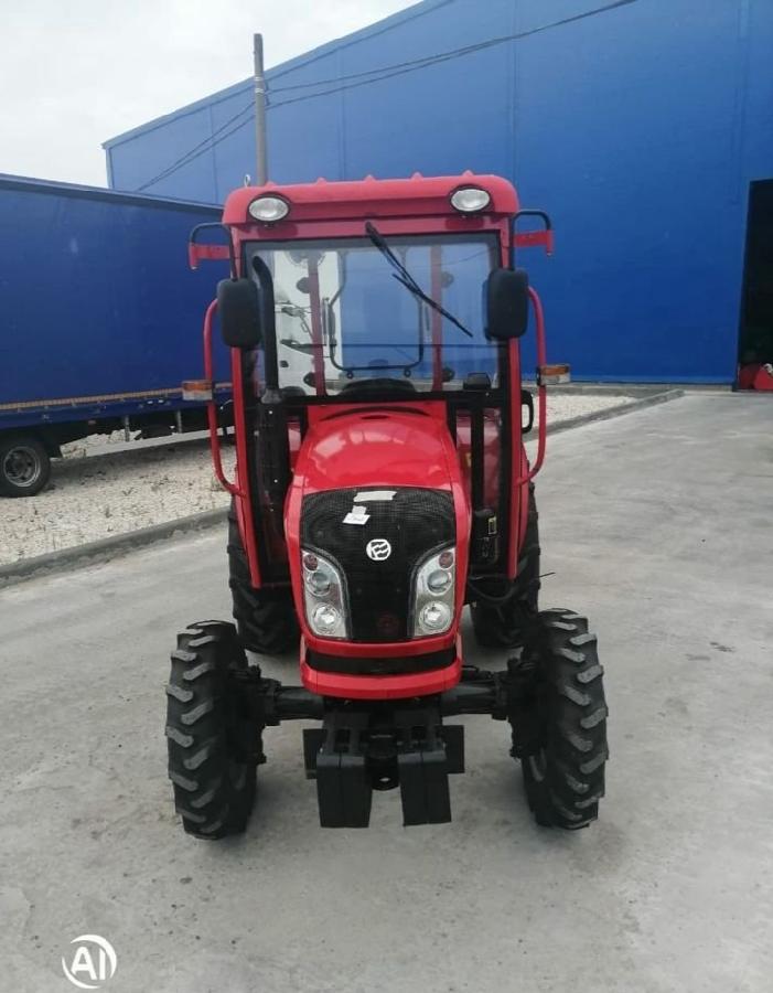Экспортный б/у трактор 2007 года выпуска DongFeng 244 24 л/с + плуг