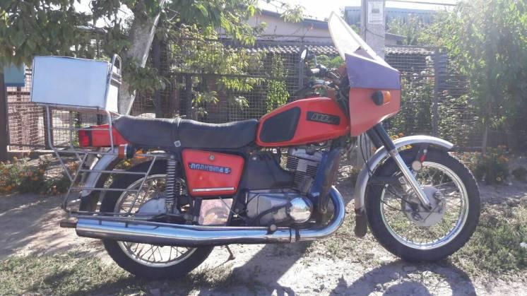 Продам мотоцикл ИЖ планета 5 (1992 г.) в хорошем состоянии!