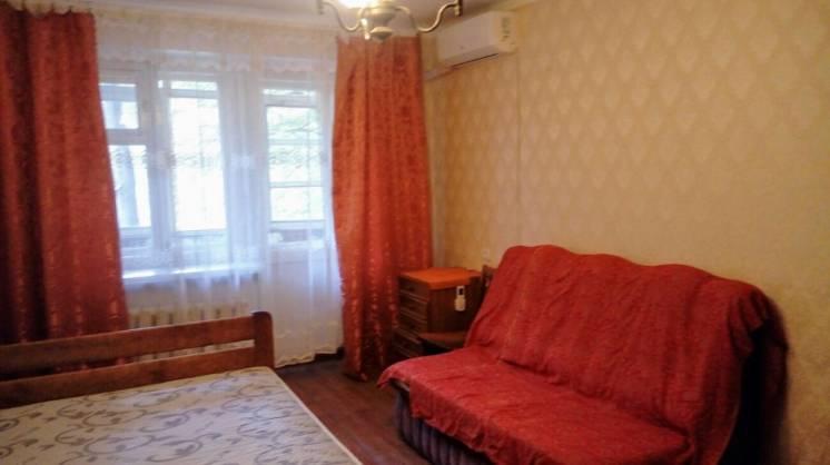 Сдам хорошую 1-комнатную квартиру на ул.Космонатов.