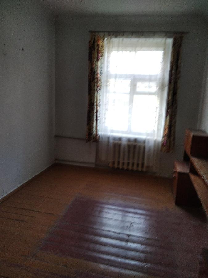 Продам 3 х комнатную