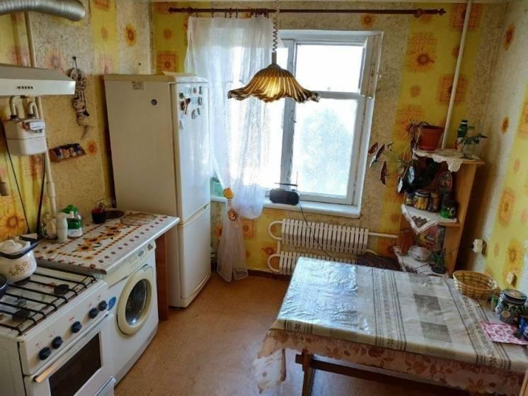 Продам 3 комнатную квартиру на Коммунаре (Покровский) IR