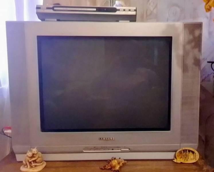 Продам телевизор Самсунг неисправный