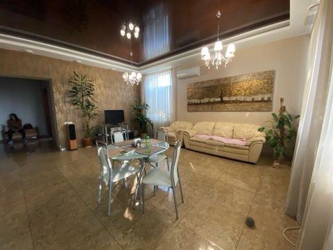 Продам шикарную квартиру на Чайковского