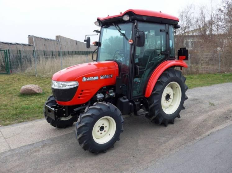 Экспортный б/у трактор 2007 года выпуска Branson 5025 CX 47 л/с + плуг