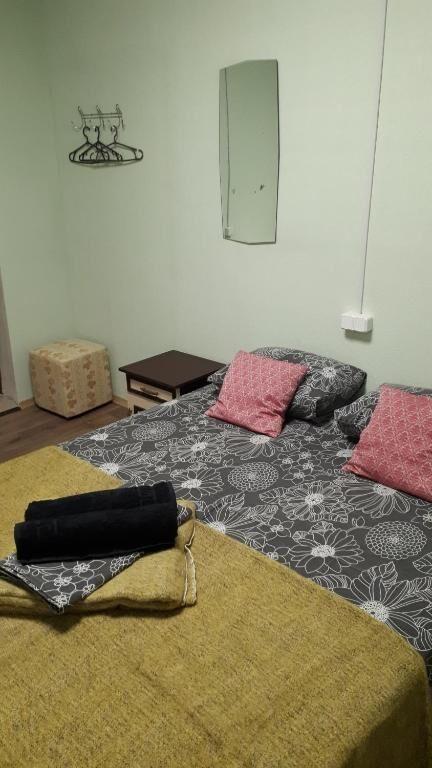 Двухместные комнаты возле метро Левобережная