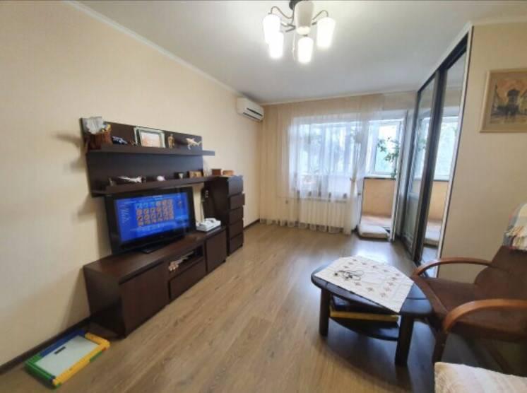 Продается 2-х комнатная квартира в Корабельном районе