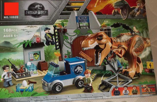 Конструктор 10920 Парк Юрского периода Динозавры Побег Ти-Рекса, 168 д