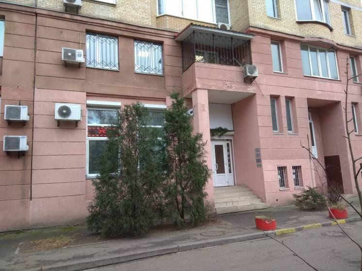 Сдам нежилое 130 кв.м. район М. Левобережная, МВЦ