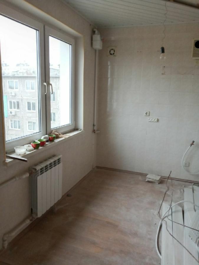 Продам 3 комнатную квартиру на Салтовке в 602 м/районе Юбилейный пр-кт