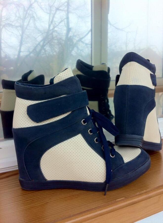 Ботинки-сникерсы. ботельены-кроссовки. сапоги. сникерсы atmosphere.