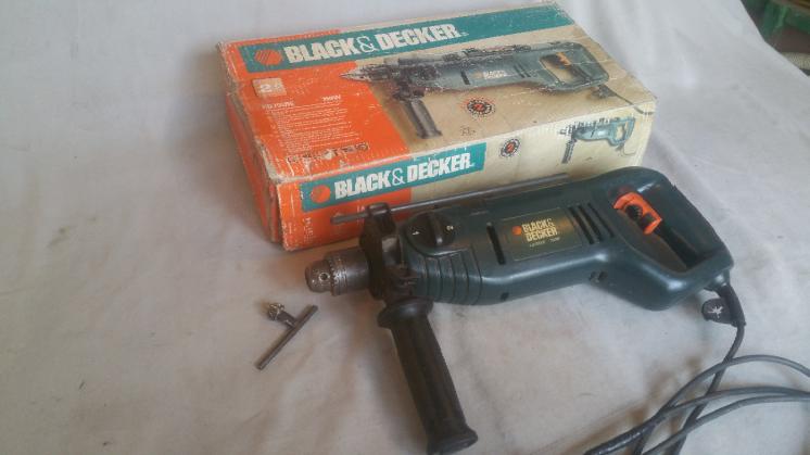 Продам мощную ударную дрель Black Decker KD795RE-QS оригинал пр-во Анг