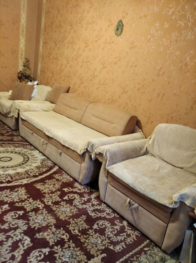 Сдам комнату 18м2 на Гагарина возле метро.
