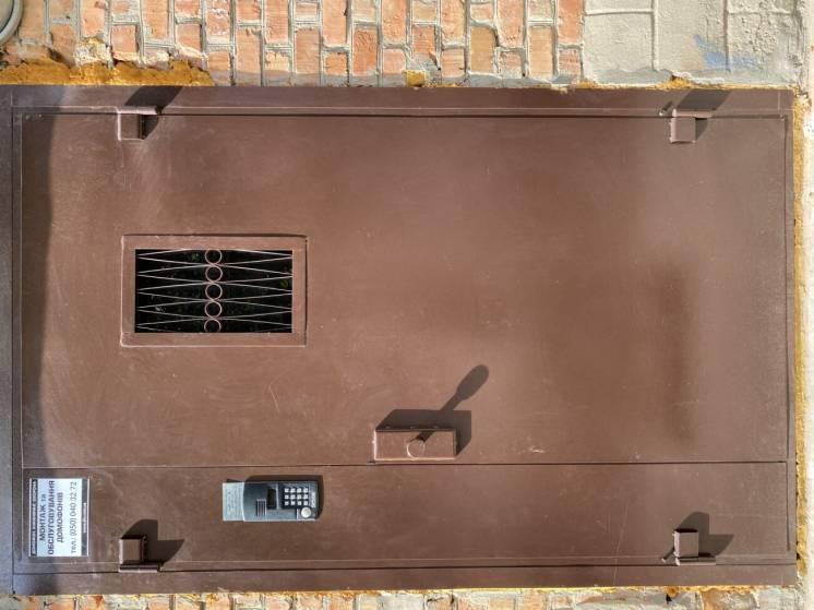 Домофон . Двери. Установка и обслуживание.