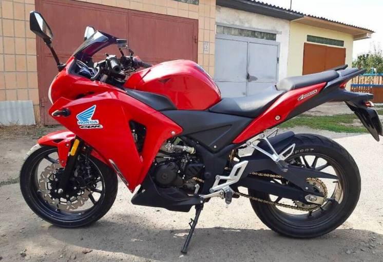 Мотоцикл Geon Tossa, масла та фільтр систематично міняю