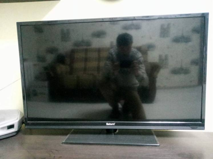 "40"" LED телевизор Saturn LED40P New FullHD"