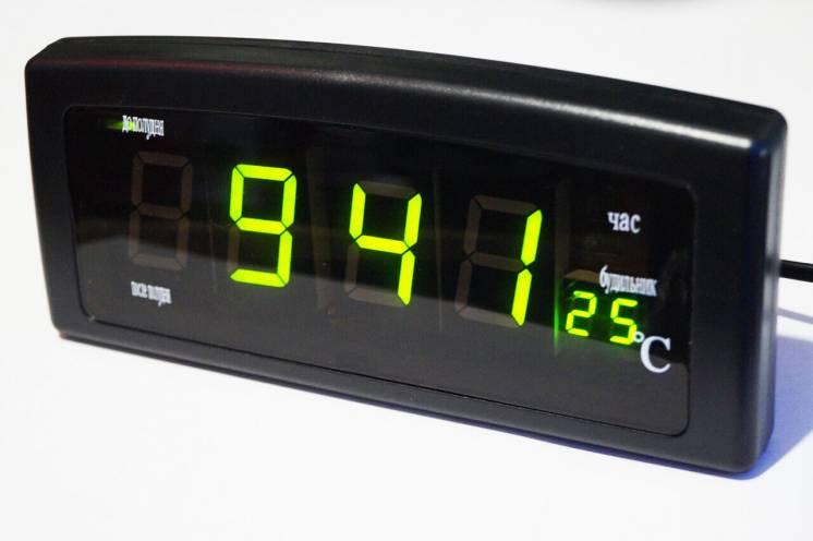 Часы CAIXING CX-818 Зеленый