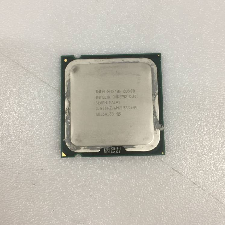 Процессор Intel(R) Core(TM)2 Duo CPU E8300 2.83GHz сокет LGA 775