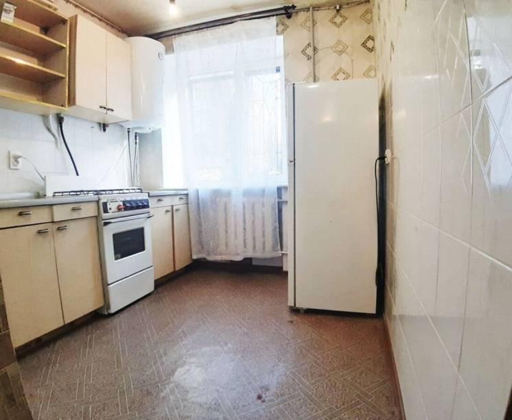 Продается 2-х комнатная квартира на Кирова!!!