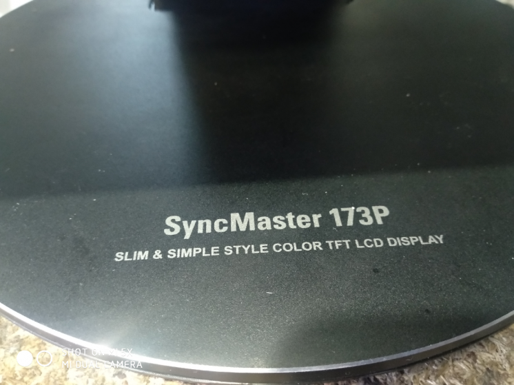 Монитор Samsung Syncmaster 173P