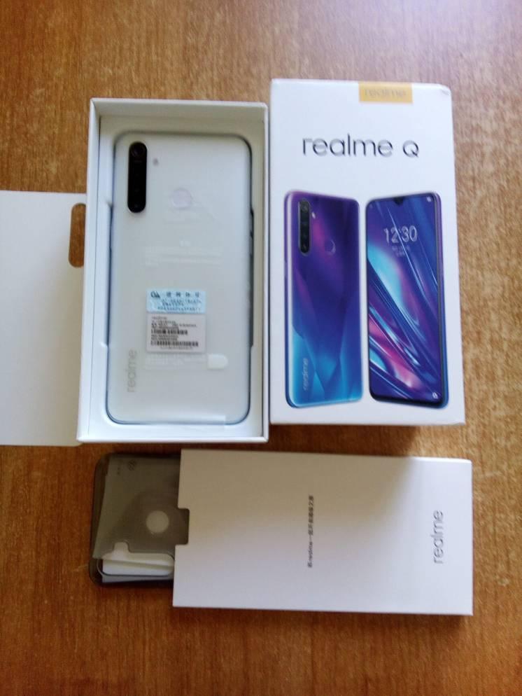 Продам Realme Q
