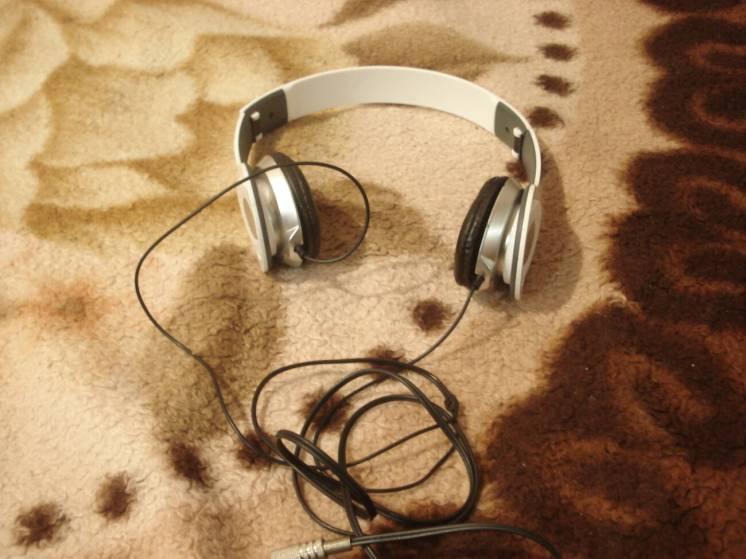 Наушники Audiomax
