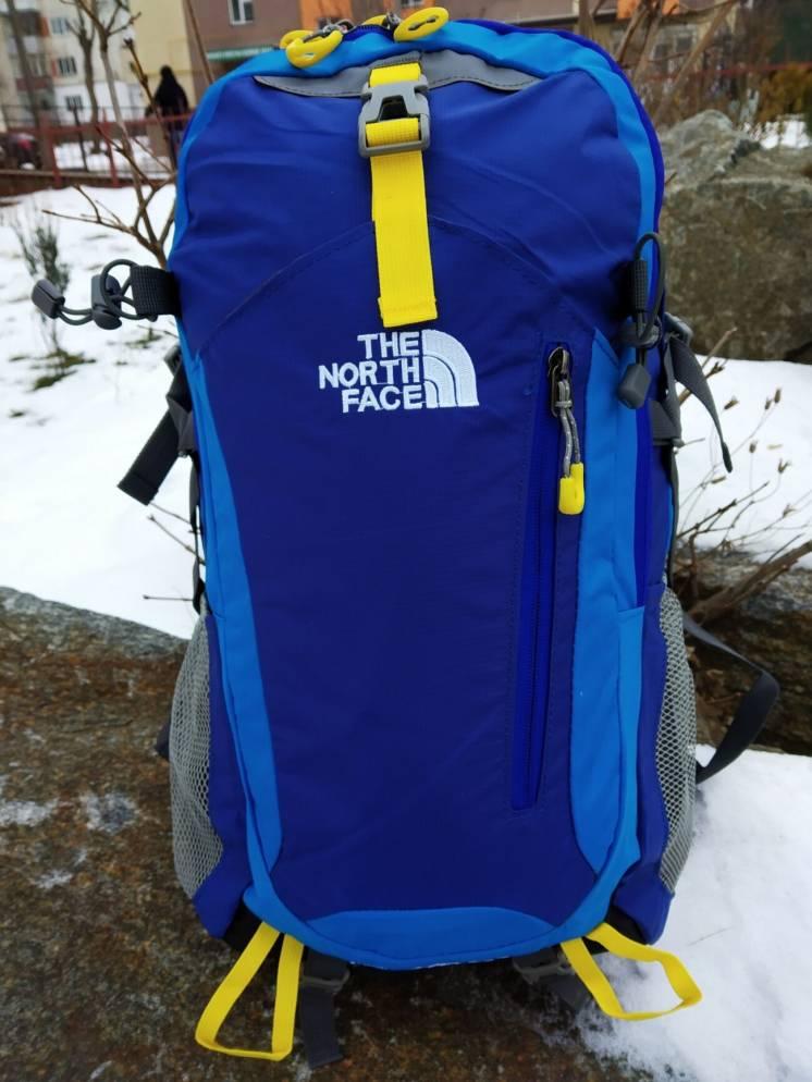 стильный молодежный рюкзак The North Face