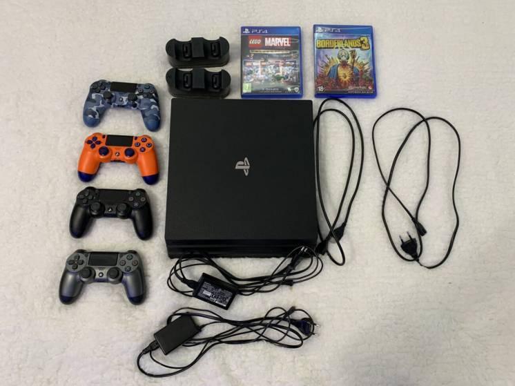 Продам Sony PlayStation 4Pro 1Tb