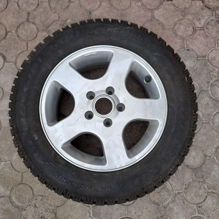 Колесо в сборе goodiyear 195/65 R15 ultragrip 500