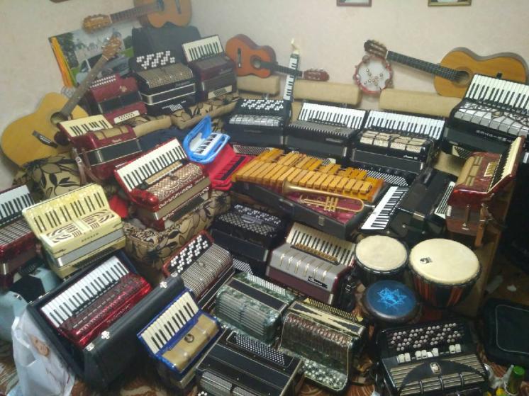 Відремонтую, куплю, продам акордеон, баян, гармонь.