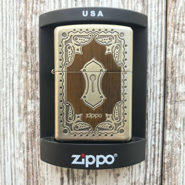 Зажигалка Zippo Античный замок