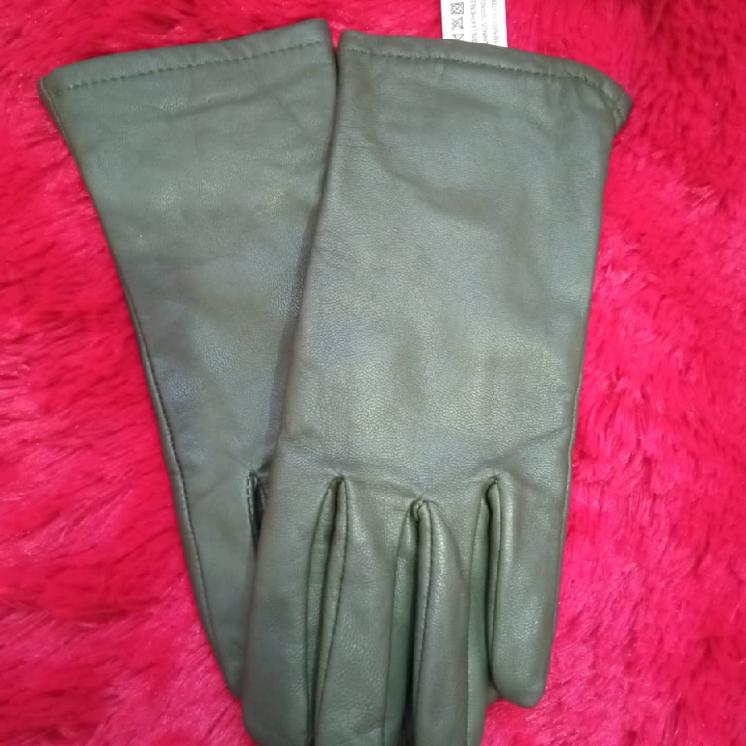 Кожаные перчатки новые
