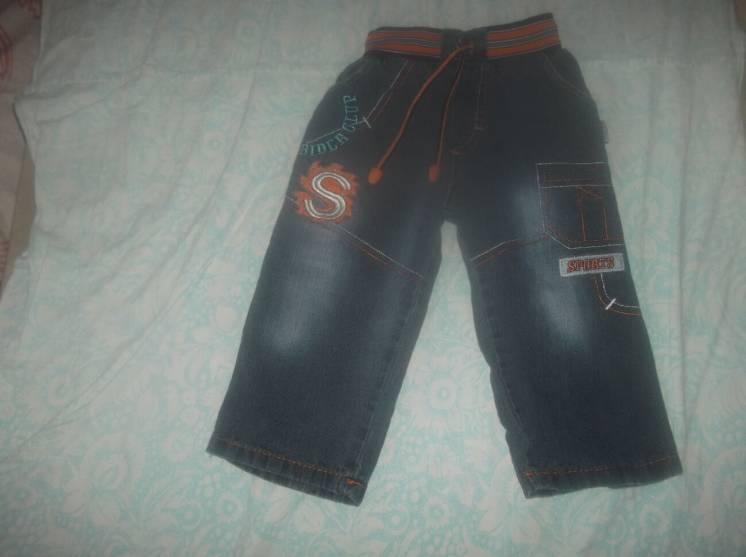 Продам нарядные джинсы на мальчика 1.5-2 года