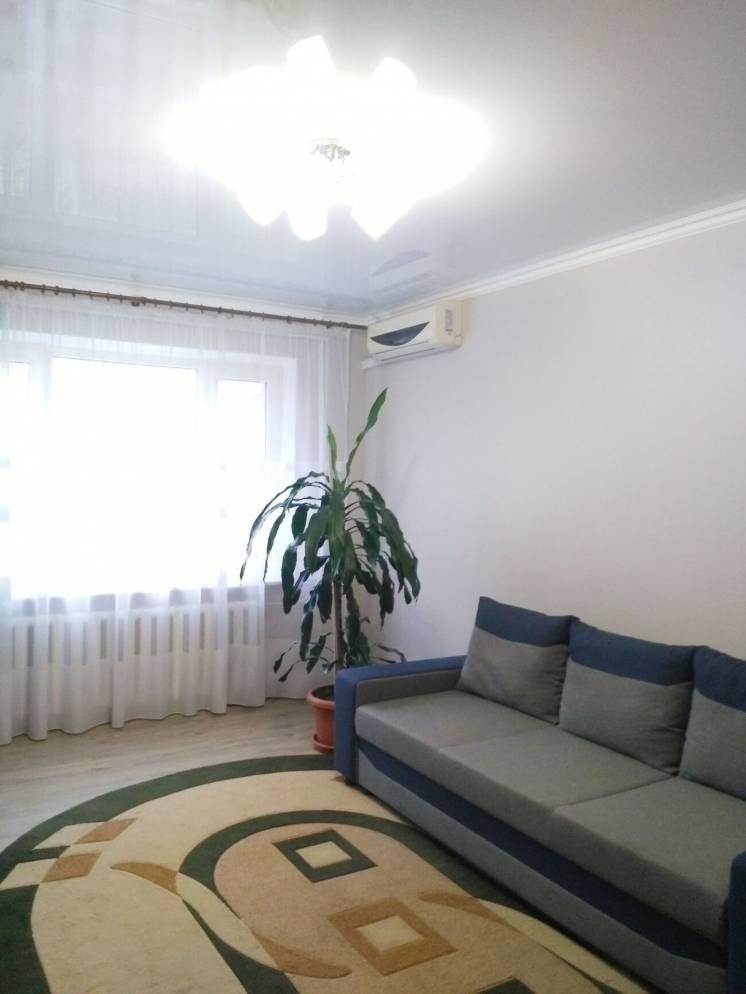 2 комнатная квартира с ремонтом, мебелью и техникой на Таврическом