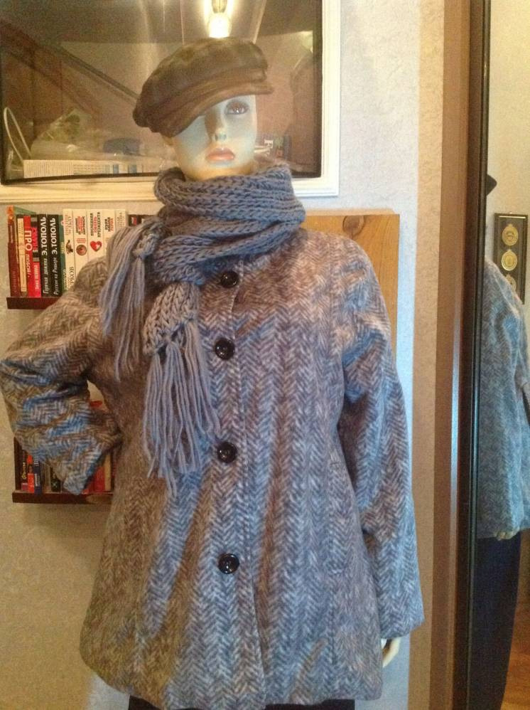 Лёгкая, мягонькая флисовая куртка - пиджак бренда Anne de Lancay, р. 5