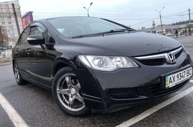 Продам автомобиль Honda civic 4d 2008 года, МКПП, Бензин 6900$