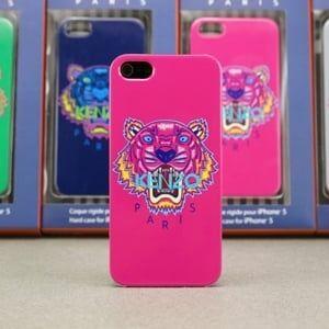 Пластиковый чехол Kenzo Paris ярко розовый для IPhone 5