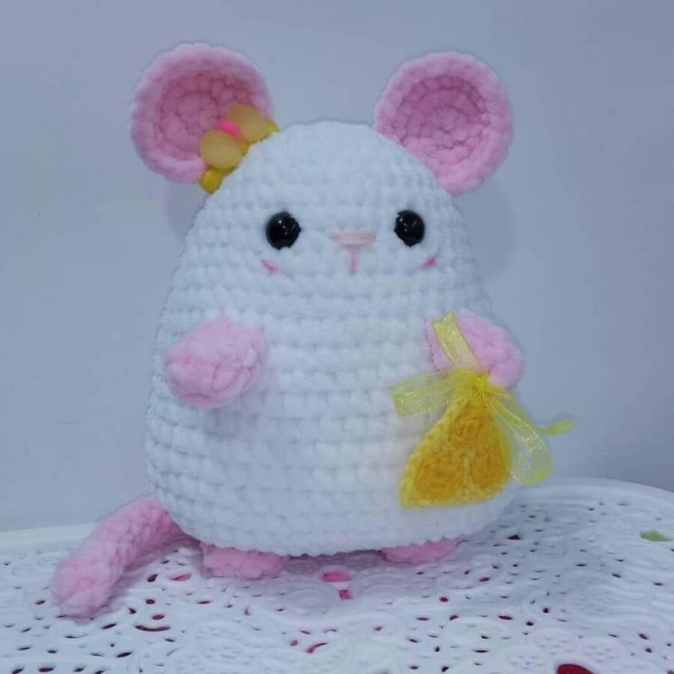 Новая вязаная Мягкая игрушка Prezzzent_ Мышка Пышка Белая Hand Made
