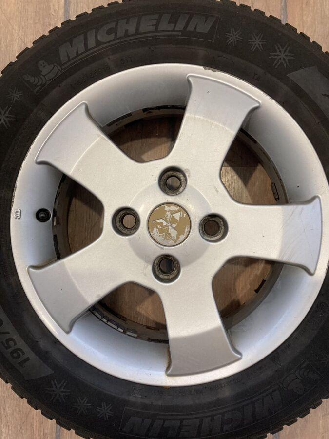 литые диски в комплекте с зимними шинами