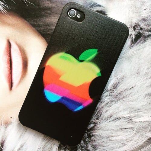 Пластиковый чехол Apple Logo Rainbow для IPhone 4/4s