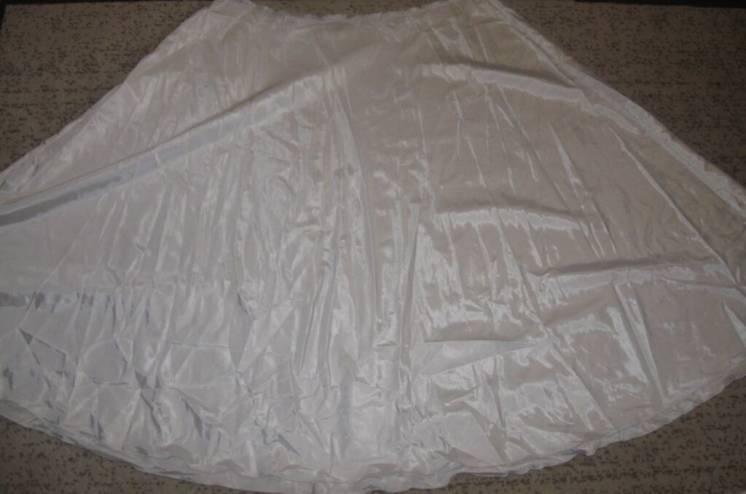 Материал. Ткань. Атлас. Большой Кусок ткани.
