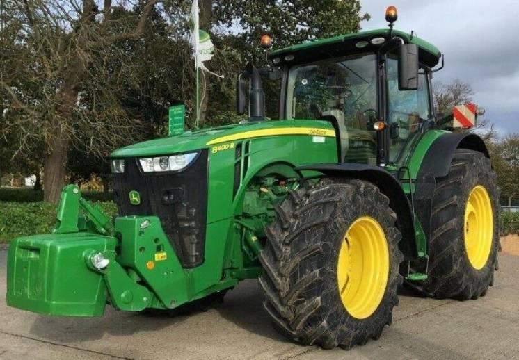 Трактор John Deere 8400R