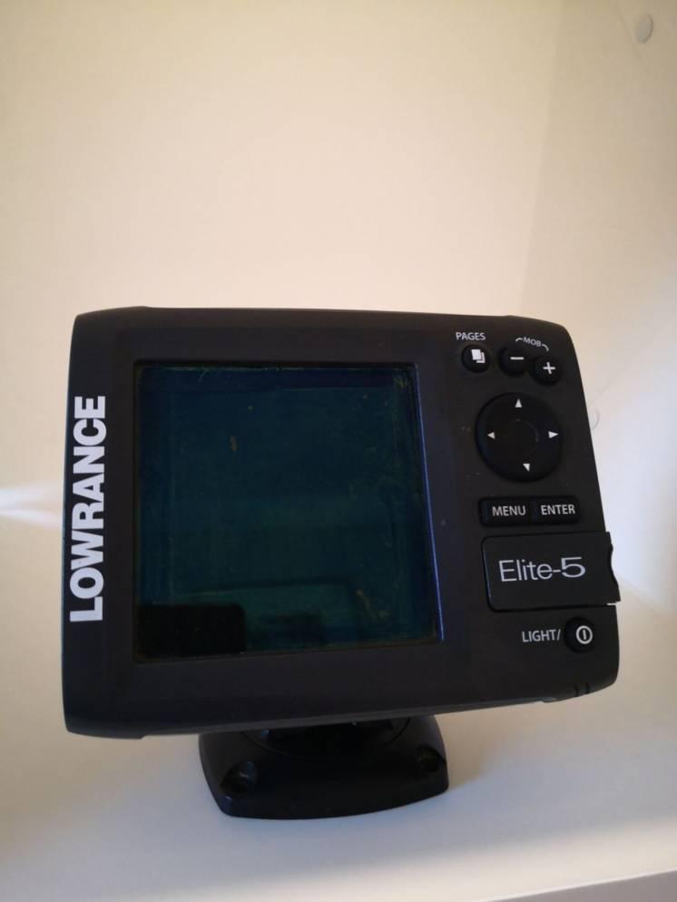 Продам Эхолот (картплоттер) Lowrance Elite-5 c GPS и картой Днепра.