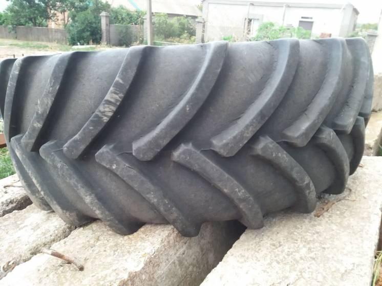 шины на комбайн Claas  650/75 R 32 пара