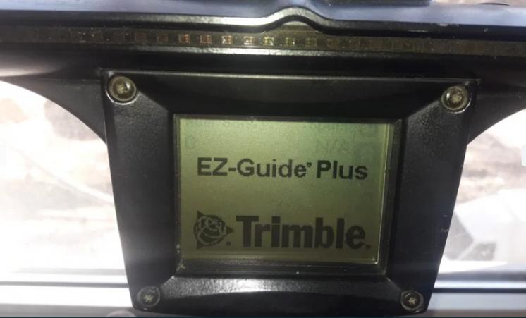 Навигация на трактор Trimble EZ-Guide Plus 150 + антена активная L1