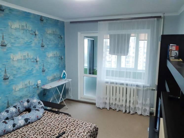 Продается однокомнатная квартира на Шуменском