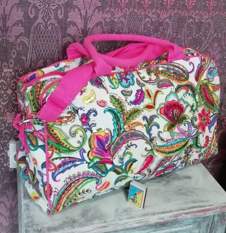 Новая большая сумка Bulaggi . Голландия . Расшита пайетками и бисером
