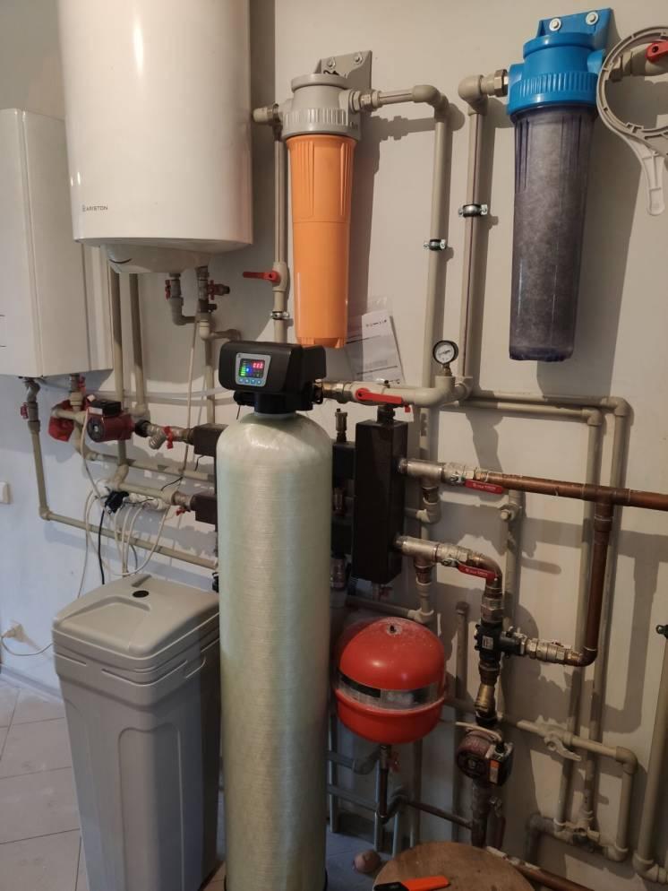 Фильтр для обезжелезивания и умягчения 1054 микс от железа и жёсткости